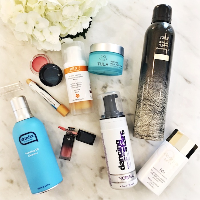 There's an incredible summer beauty giveaway on @tanyafosterblog instagram