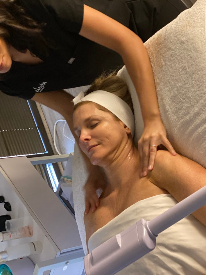 Tanya Foster at Eleven Wellness for a LED Facial with Julia Critelli
