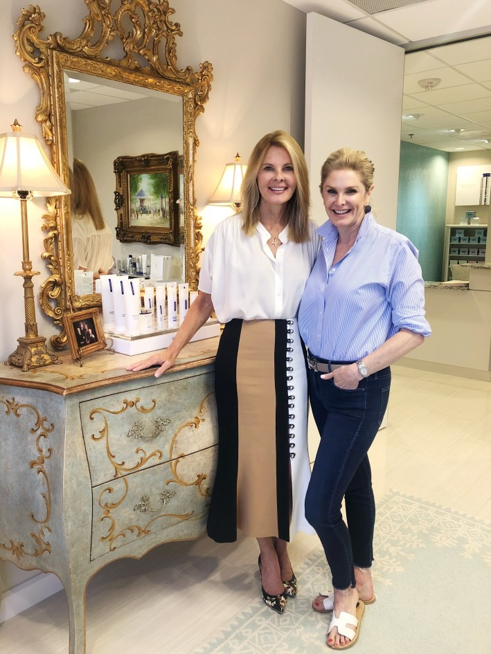 PRP Facelift review featured by top US luxury beauty blogger, Tanya Foster: image of Tanya Foster after having a PRP Facelift with Dr. Lynley McAnalley