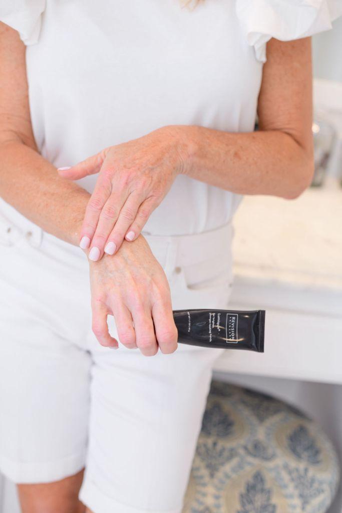 Revision Skincare Lumiquin hand cream
