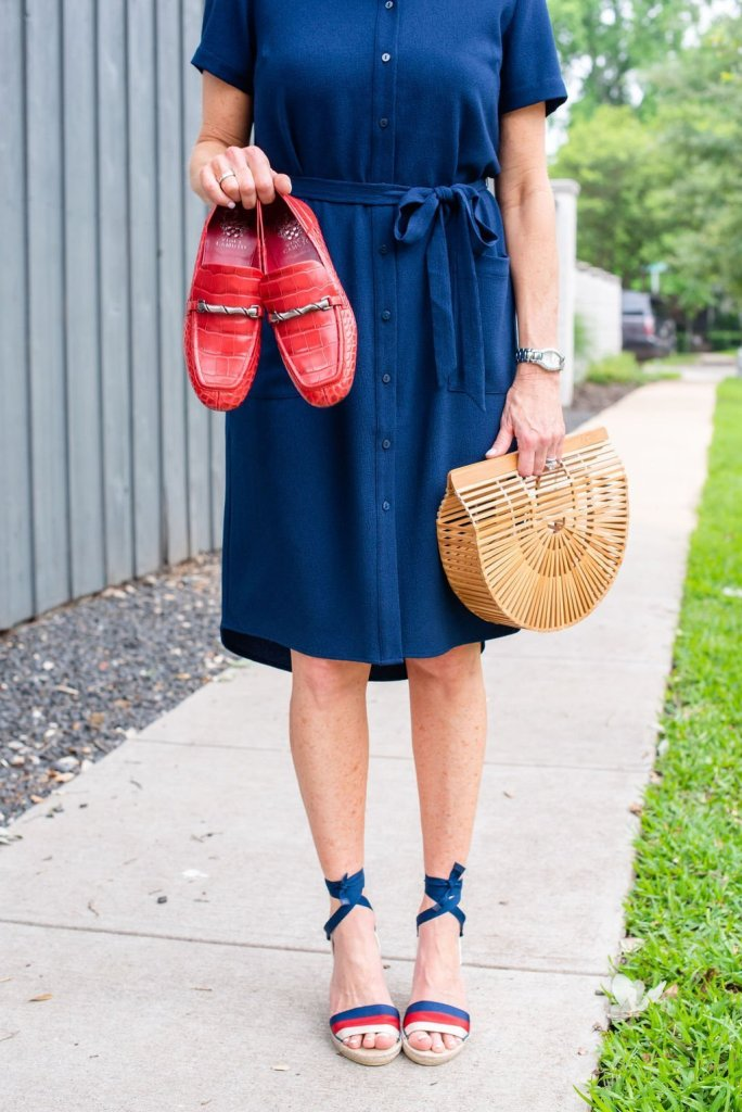 How to style cute shirt dresses in Summer featured by top US fashion blogger, Tanya Foster: image of a woman wearing a Rachel Parcell shirt dress, a Cult Gaia ark bag, and Gucci espadrille platforms.