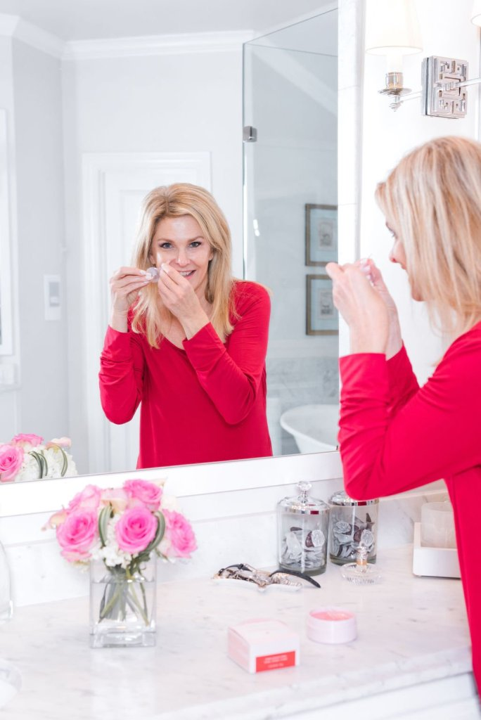Tanya Foster applying Mary Kay Hydrogel eye patches