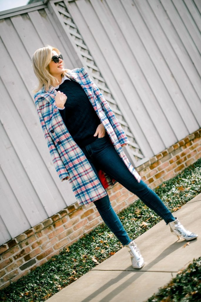 Kut from the Kloth coat and casual lookl