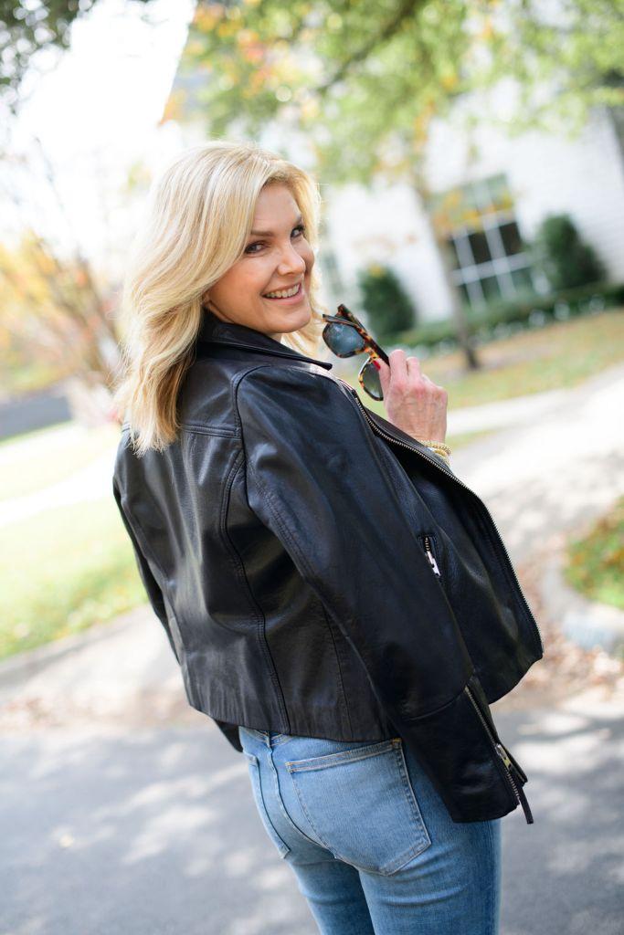 Tanya foster wearing veronica beard ryleigh skinny jeans jillie sam edelman flats and a moto jacket