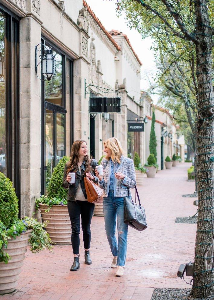 Tanya foster and assistant walking and shopping holding patricia nash benvenuto convertible tote bag