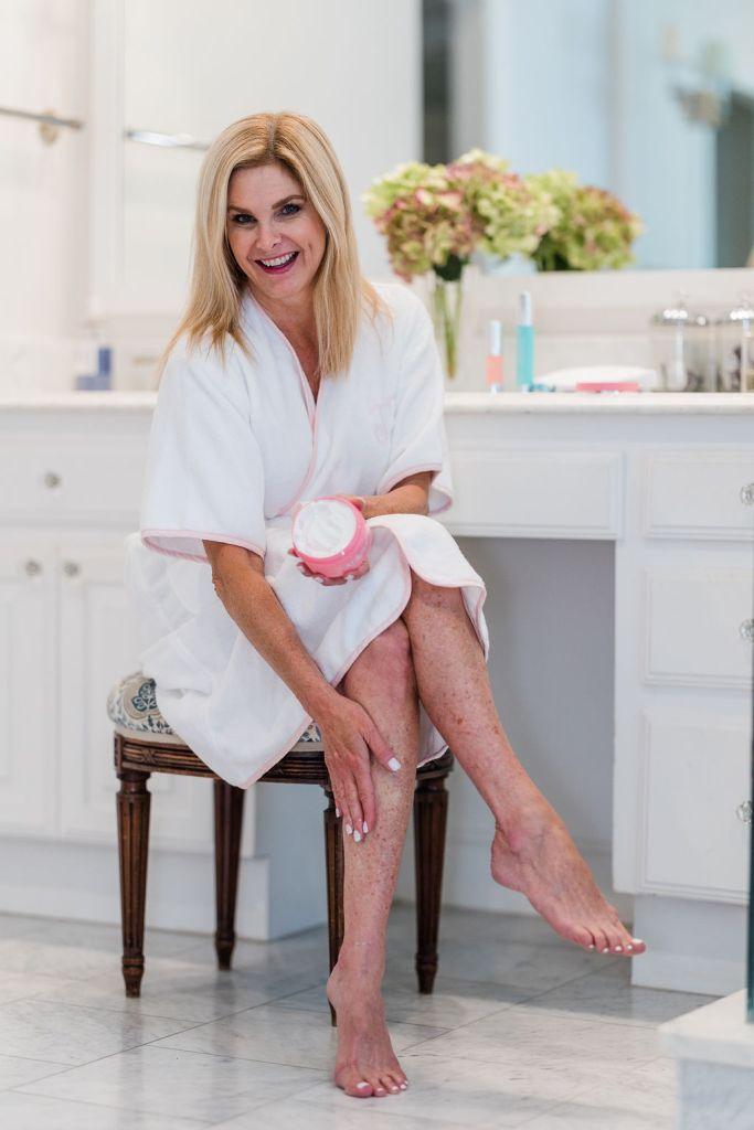 Tanya Foster using SiO Beauty cryo body cream