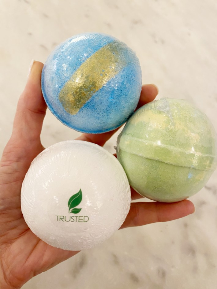 the trusted lab cbd bath bombs