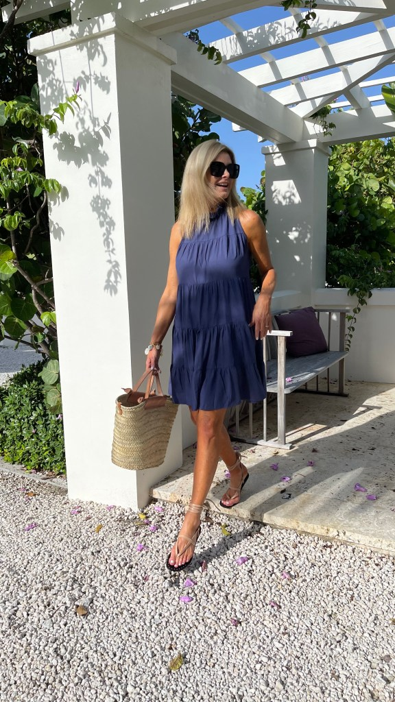 Avara blue dress