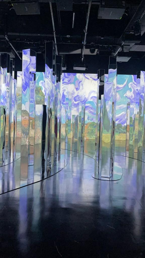 inside the immersive van gogh exhibit dallas