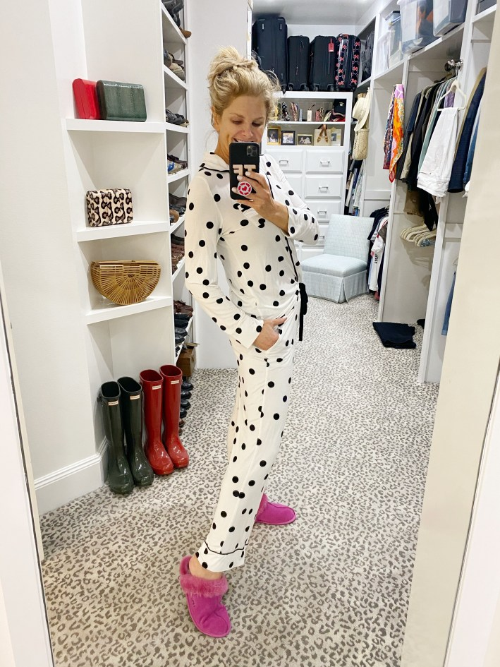 tanya foster wearing white with black polka dot soma cool night pajamas with pink ugg slippers