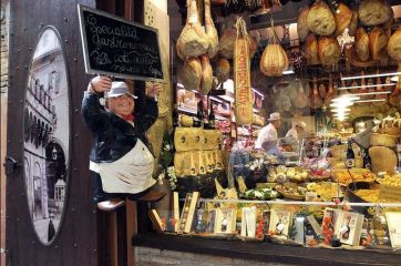 Bologna, the city you should travel to eat
