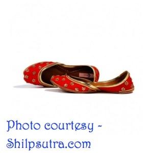 Bespoke handmade rani juttis from Shilpsutra.com