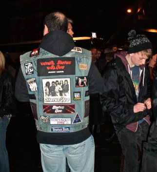 Great to see a few denim jackets with badges again. Mine's long gone.