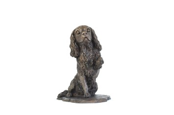 Cavalier King Charles Spaniel, Waving Paw sculpture - front view