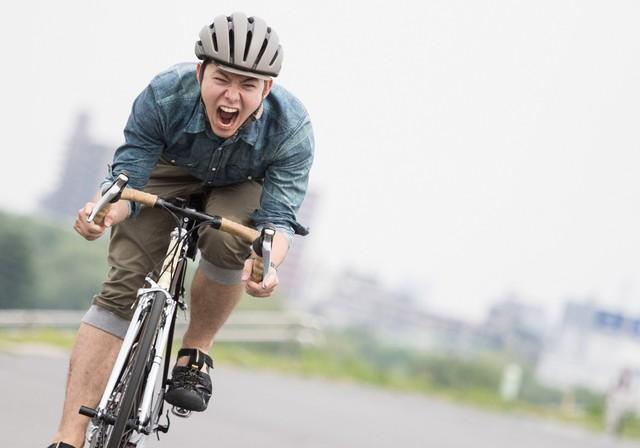 自転車のペダルの漕ぎ方