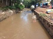 Same canal - see rubbish