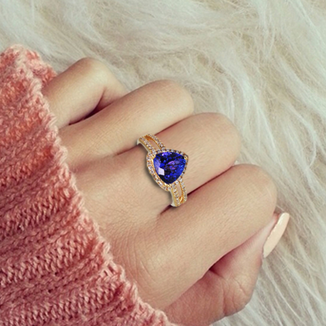 toptanzanite is famous for their natural tanzanite wedding rings of the highest quality bellied by their intense royal blue color which radiates nothing - Tanzanite Wedding Rings