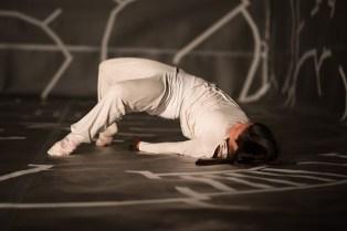 Hors d'ici - Künstlerische Kollaboration von Tanzlicht K und malatsion (www.malatsion.de)