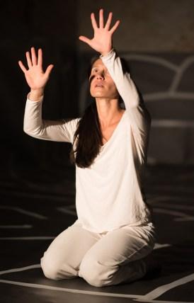 Hors d'ici - Tanzperformance rund um die Themen Flucht, Gefangensein, (Aus-)Wege suchen und finden