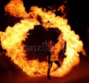 Flammenschweif * Feuereffekt für Feuershows