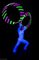Lichtshow KONTRAST mit LED Hula Hoops