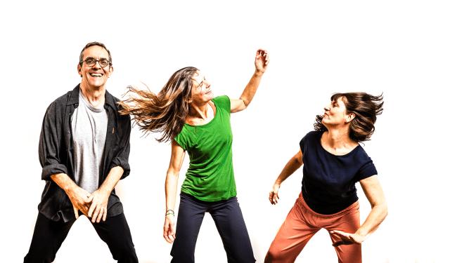 Beate, Eva und Eberhard tanzen Core Connexion