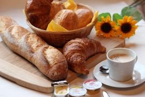 Le petit-déjeuner bien souvent trop sucré et peu consistant
