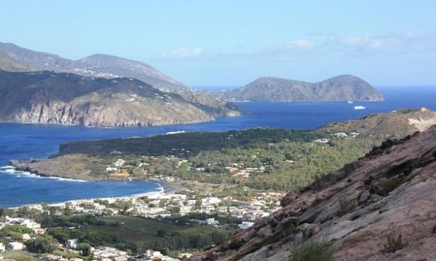 Zu Ostern auf die Liparischen Inseln