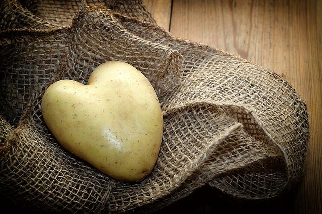 Kartoffelsalat auf ultimative vegane Art!
