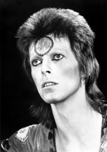 Ziggy: allowed to wear guyliner.