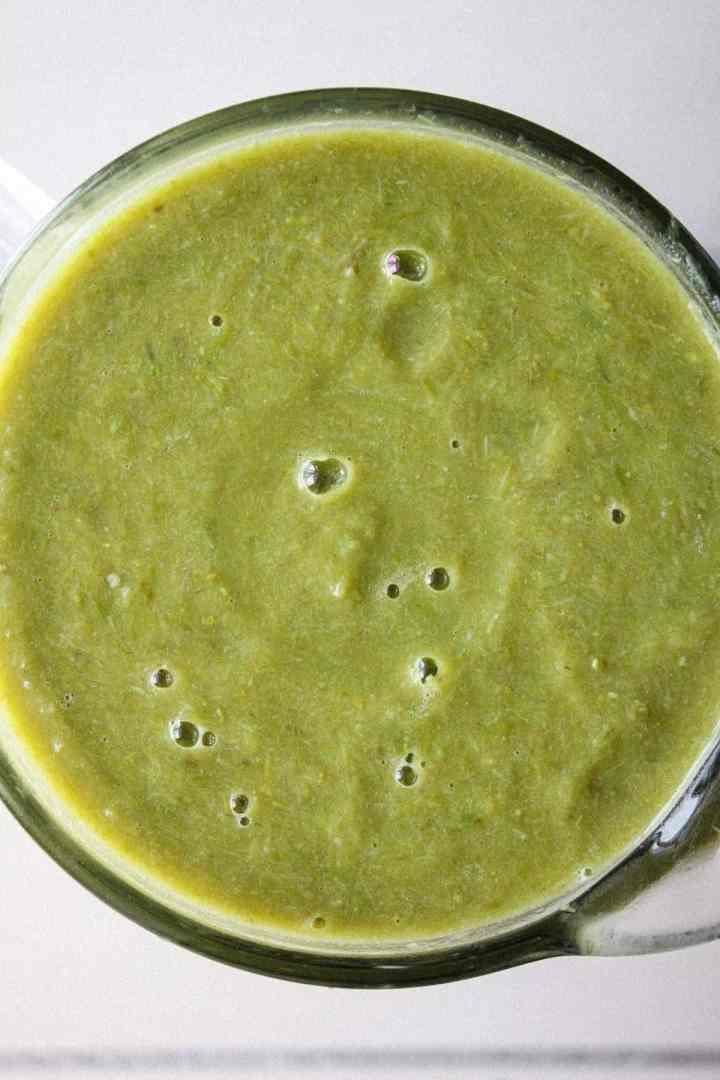Asapargus leek soup in blender.