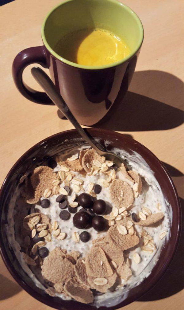 Golden Paste: Golden Milk with a Snack