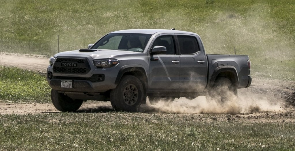 2017 toyota tacoma trd pro off road review video. Black Bedroom Furniture Sets. Home Design Ideas