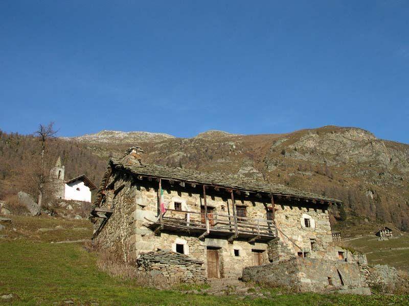Escursione nel Vallone di San Grato a Issime