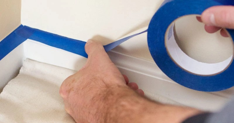 masking corners with painter's tape