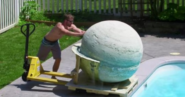 Group Makes 2,000-Pound Bath Bomb — Watch When They Drop It In The Pool
