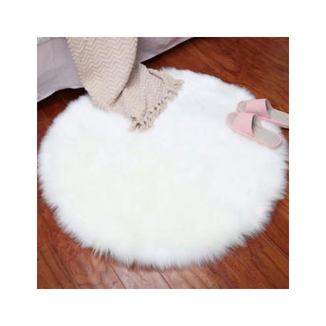 tapis fourrure blanc