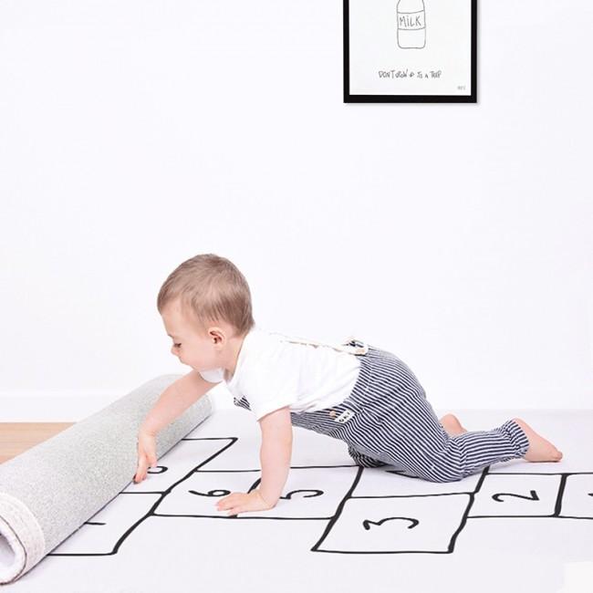 tapis jeu marelle blanc par lilipinso