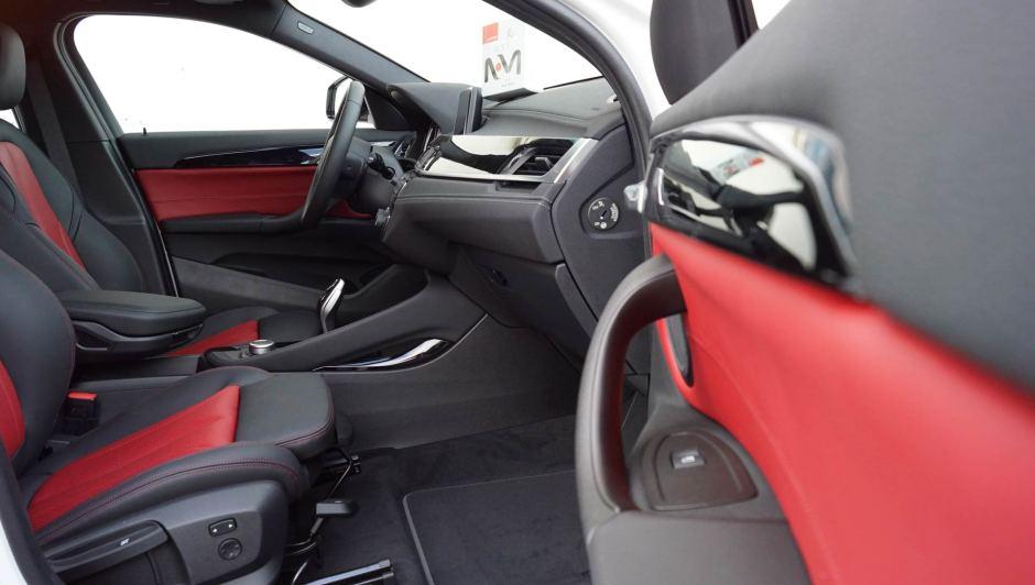 Tapizado de cuero asientos coche BMW X2