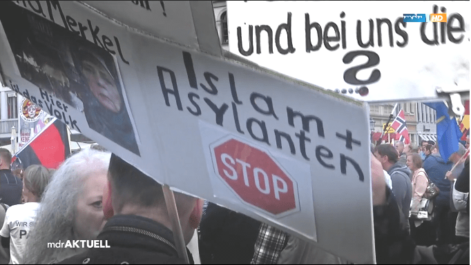 germans protesting muslims1