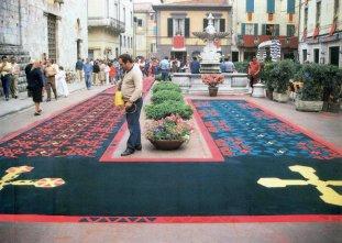 1983-Decorazione in Piazza (Camaiore Calcio)