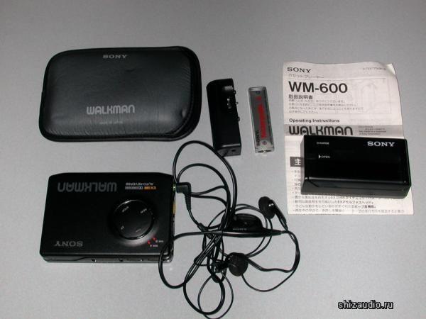 SONY WM-600