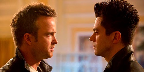 Aaron Paul y Dominic Cooper