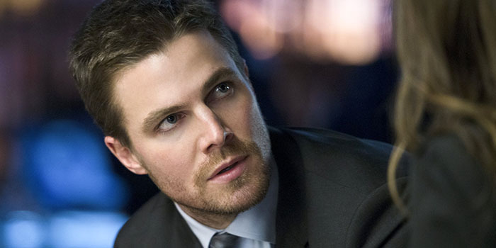 Biography of actor Stephen Amell