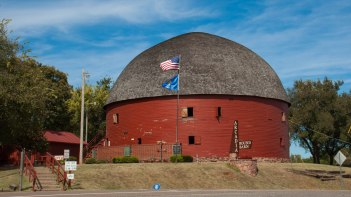The Round Barn at Arcadia, Route 66