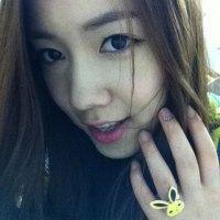 Hwayoung selca 110814