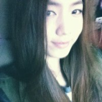 Hwayoung straight hair selca
