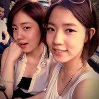 Hwayoung & Hyoyoung Sinsa-dong selca