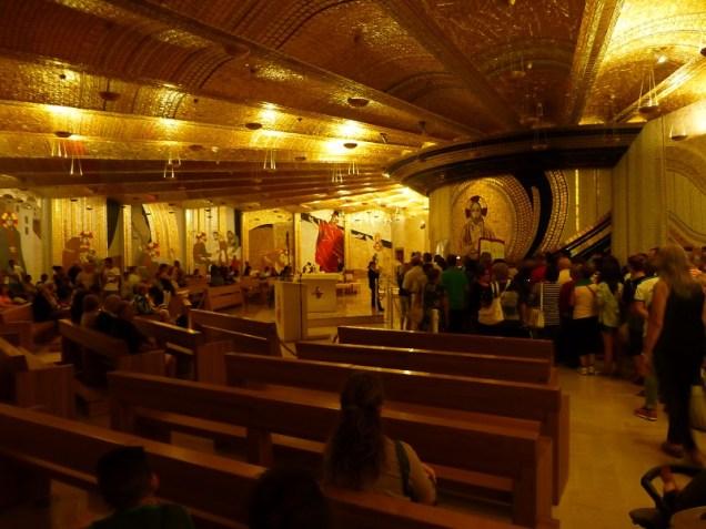 La crypte où repose Padre Pio