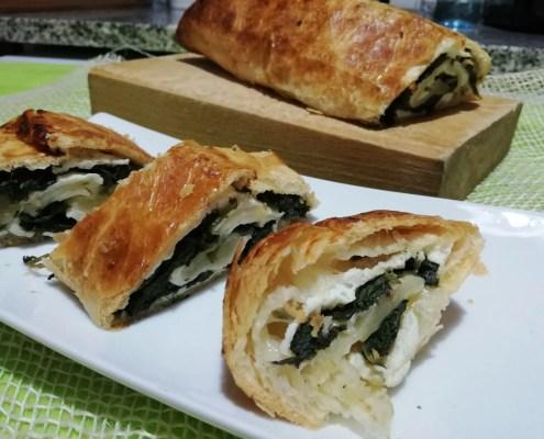 Rotolo di pasta sfoglia con ricotta e spinaci